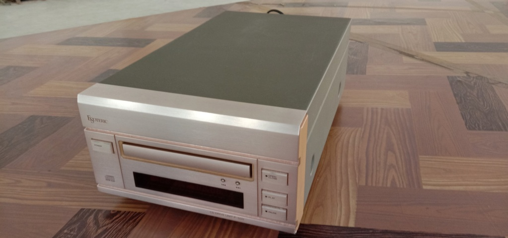 Sold, Esoteric p-500 cd drive unit Img_2016