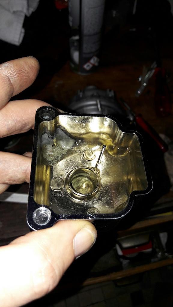 [r 100 rs 82] Problème carburation ?????? [Résolu]  20161111