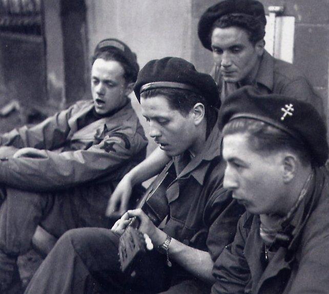 Caporal-Chef Jacques/Jacob Ehrenkranz : commandos de France 1944-1945 - Page 2 3zome_11