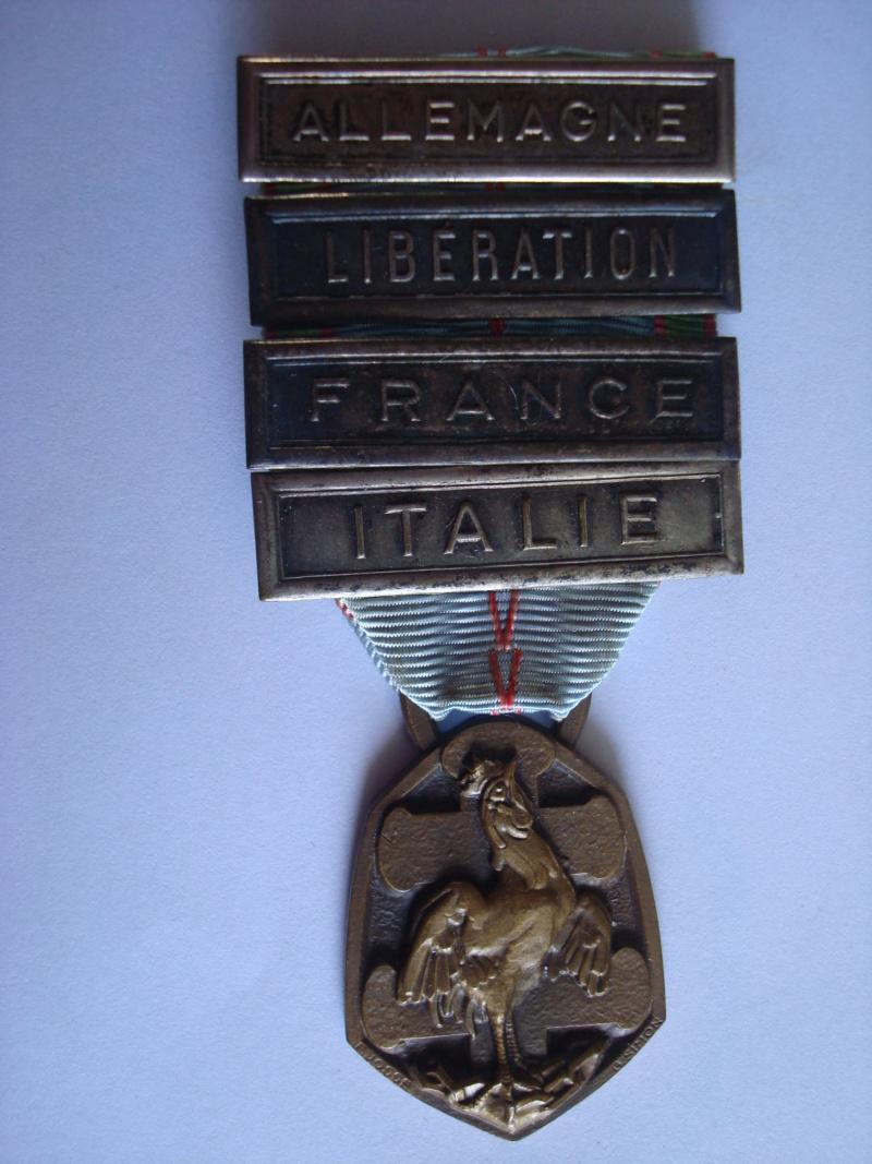 LES DÉCORATIONS AU CHOC 1943-1945. Commzo10