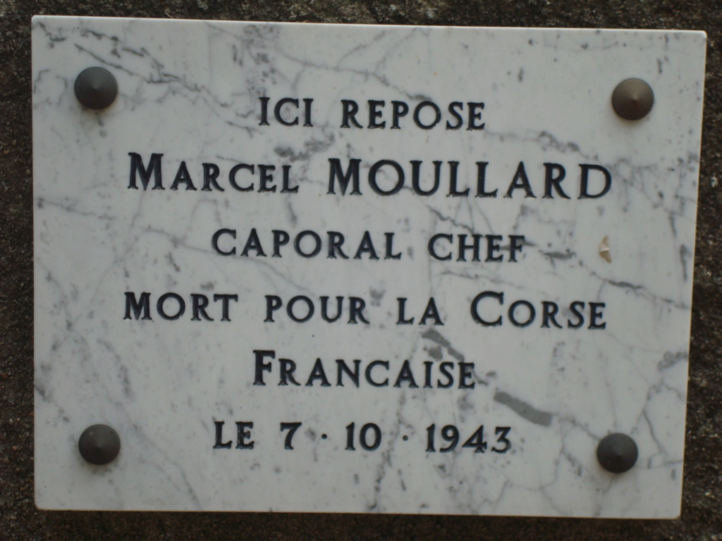 tombes btn-choc carre militaire du cimetière de bastia Moulla10