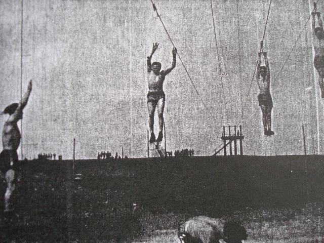LES INSIGNES DU BATAILLON DE CHOC 1943/1963. - Page 3 Roulet11
