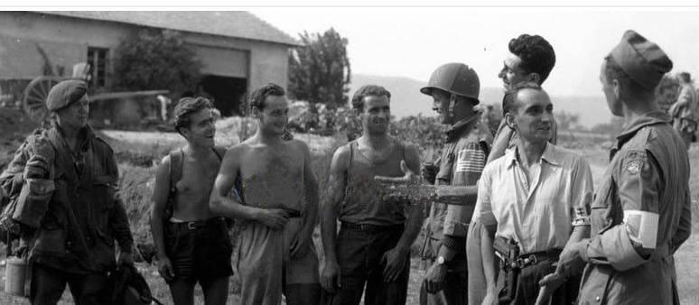 TROUPES AEROPORTEES ET COMMANDOS DURANT LA WW2: 3 LES PARAS ALLIES Scheve23