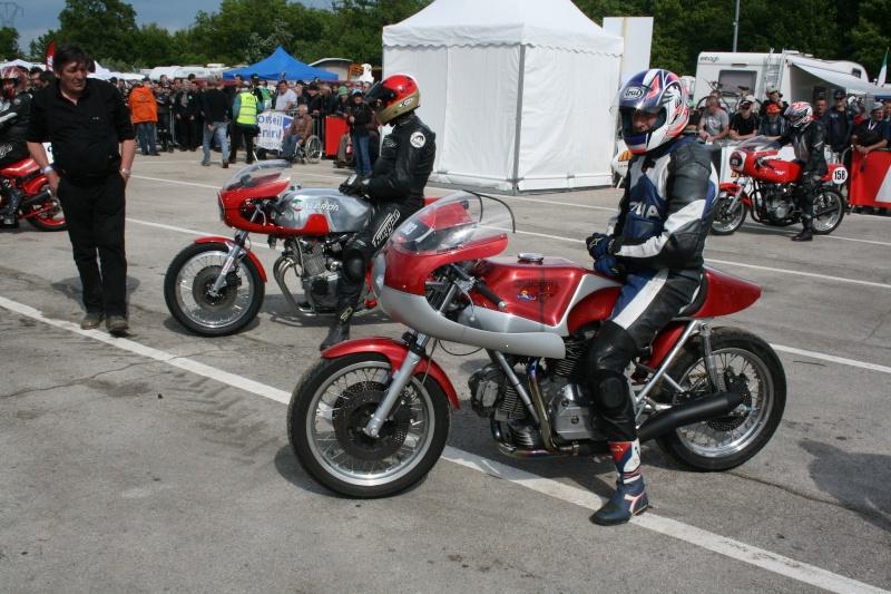 Ducati Twins à Couples Coniques : C'est ICI - Page 9 2013-016