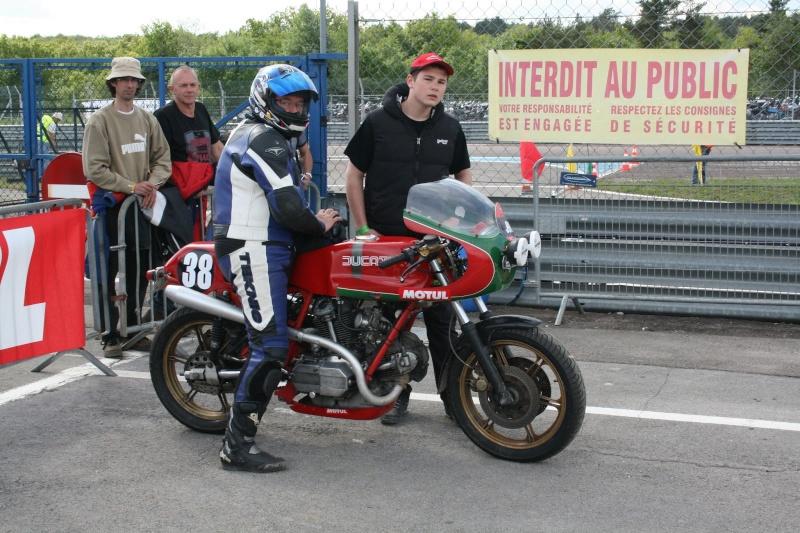 Ducati Twins à Couples Coniques : C'est ICI - Page 9 2013-017