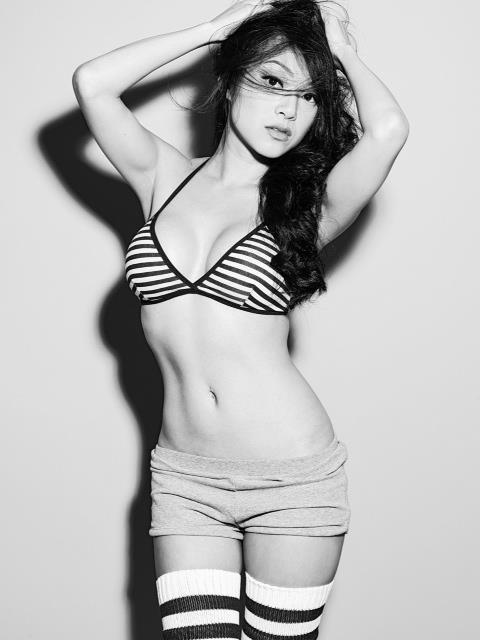 Les gifs/images de femmes les plus sexy du Web ! - Page 2 Img_0610