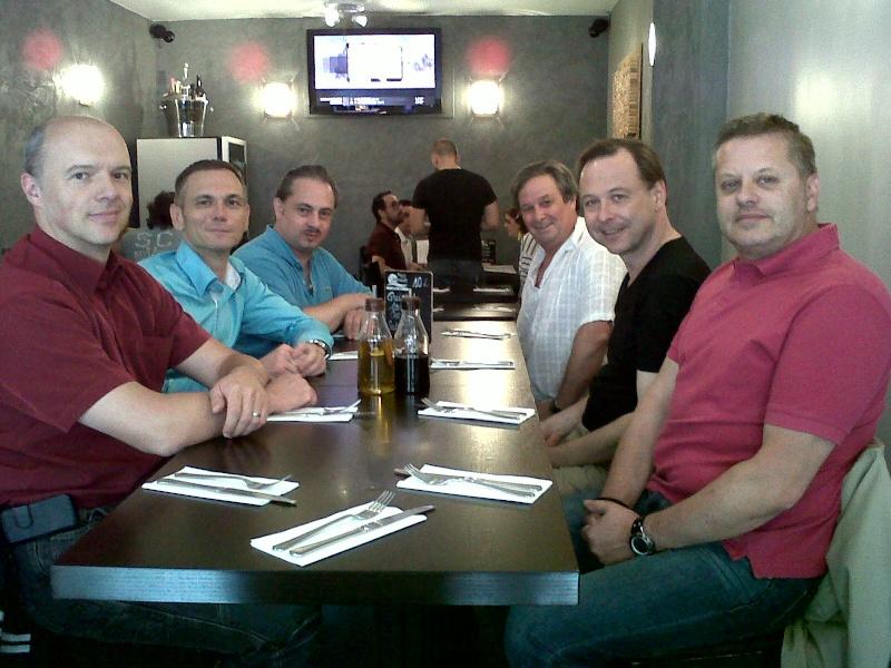 CR du déjeuner de la Team Idf du 24/08/12 ou balade en Corse ! Img00110