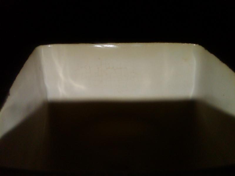 Troika Pottery 27910