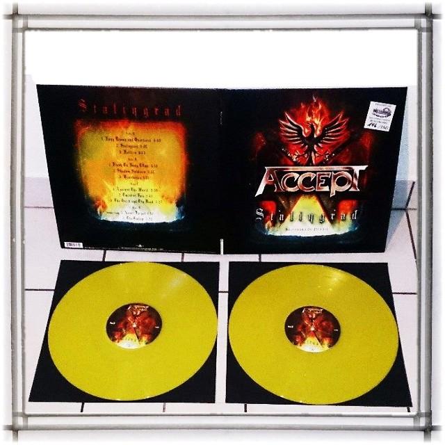 Vous avez des vinyles de couleurs collectors? 00000011