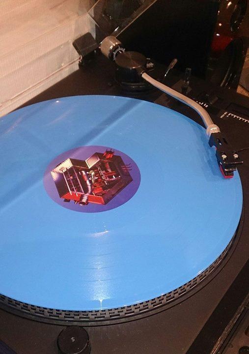 Vous avez des vinyles de couleurs collectors? 7310