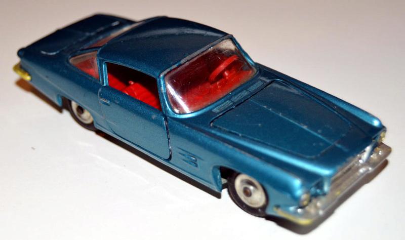 CORGI TOYS - GHIA L 6.4 With Chrysler V8 Engine - 241 - 1963/69 Dsc_0510