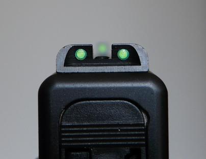 Quel système de visée avec une lampe tactique sur un glock?  0410