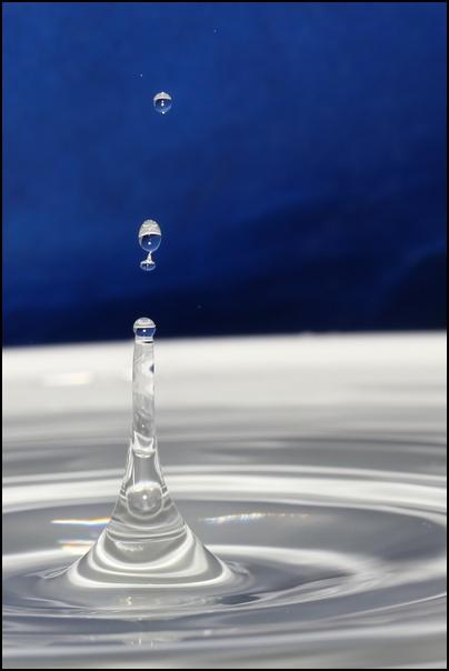 FIL ROUGE: Quelques gouttes d'eau pour un océan  - Page 17 Goutte20