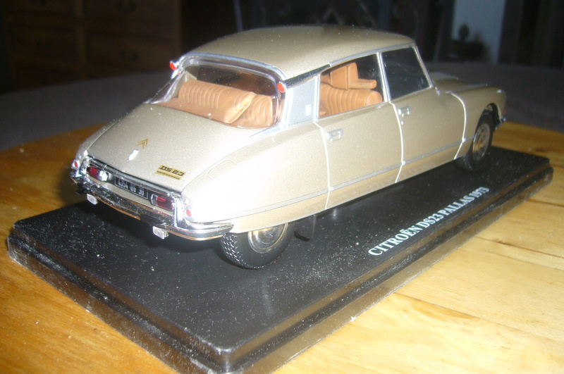 Auto Vintage 1/24 ° P1200941