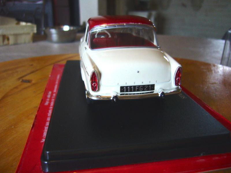 Auto Vintage 1/24 ° - Page 2 P1210219
