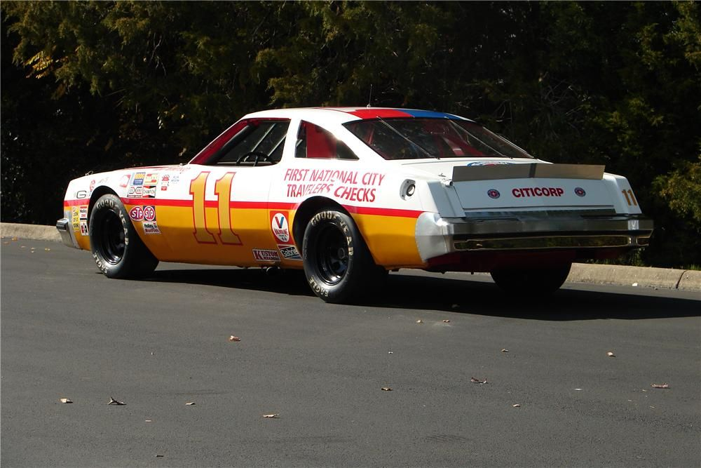 En commande Salvinos Jr... Buddy Baker 1980 Oldsmobile NASCAR !  1705f310