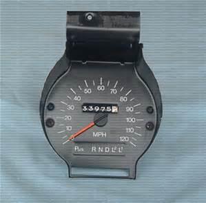 Round Clock 73-7410