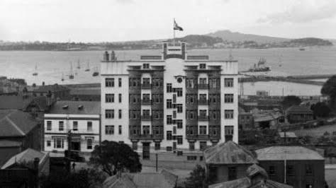 Trans-Tasman Hotel (DC6?) Htt10