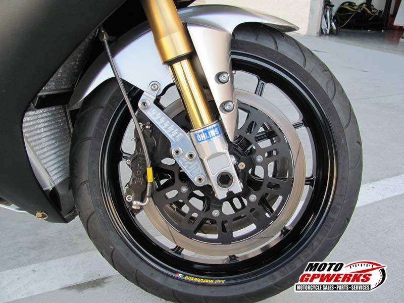Yamaha 1000 R1 ... - Page 10 318_ph12