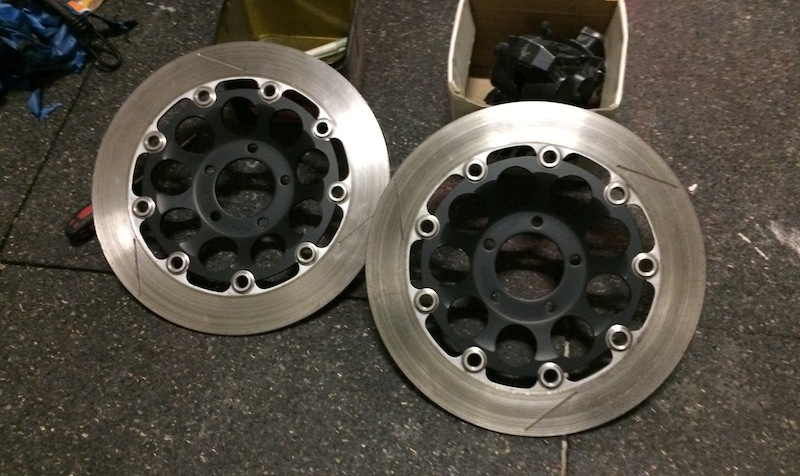 disques 310 gsxr  Img_4622