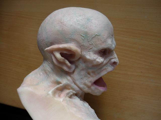 crawler, buste 1/3 1210