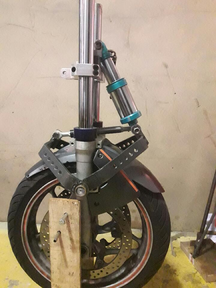 Fourche, amortisseur et suspension. Pour causer Fourch10