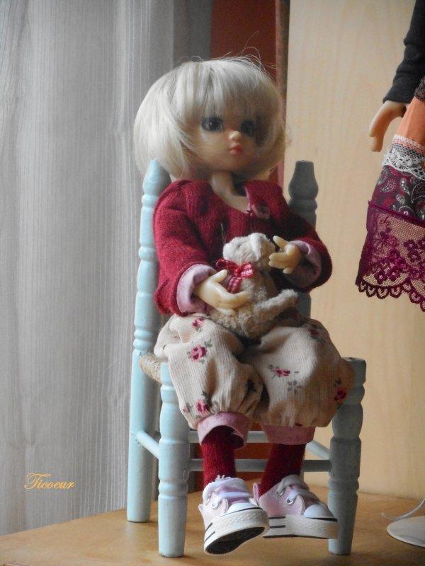 Zoya mon tit bouchon (Millie) a une nopuvelle tenue le 23-12  - Page 3 Dscn2621