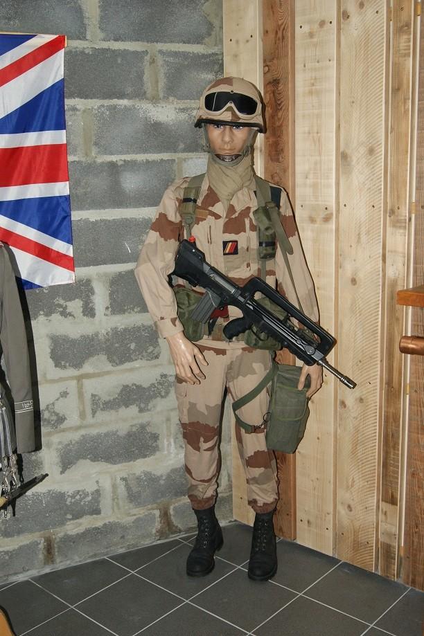 Deux soldats français - Page 5 Dsc03210