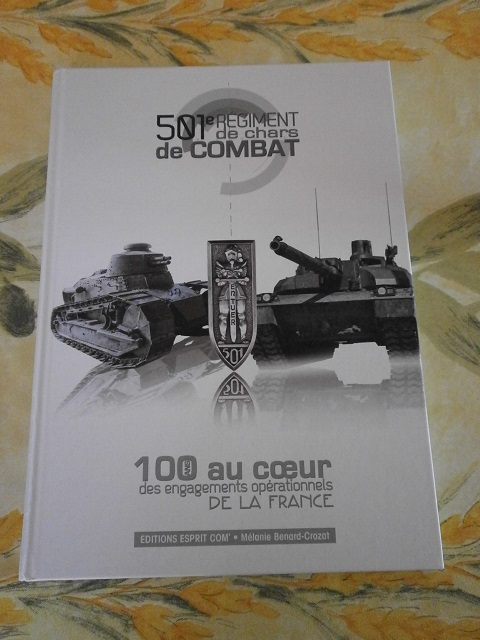 Theme de collection le  501 Regiment de char de combat  - Page 2 Livre158