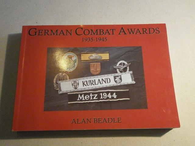 Livre German Combat Awards 1935-1945 Livre_32