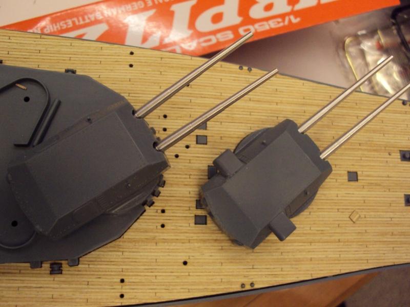 Academy Tirpitz Limited Edition in 1:350 Bau_de43