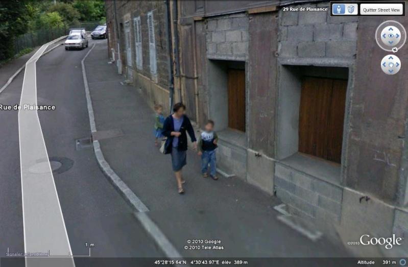 STREET VIEW : pris deux fois par la google car  1-110
