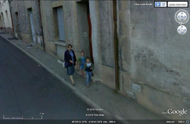 STREET VIEW : pris deux fois par la google car  1-210