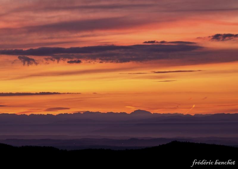 un lever de soleil sur le Pilat Ciel_o11