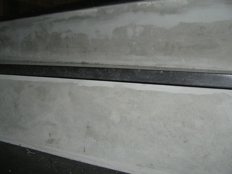 Peinture ou vernis sur du contremarche ciment/béton Pb240010