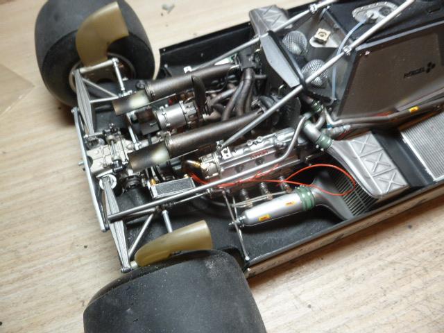 Ferrari 126C2 Belgique 1/12 - Page 2 P1030219