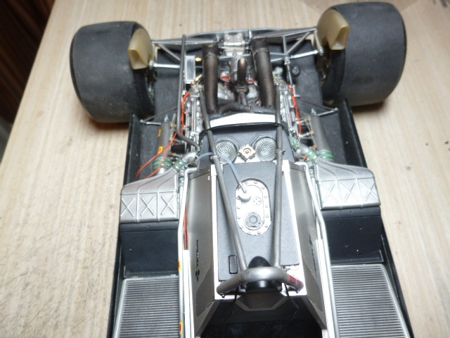 Ferrari 126C2 Belgique 1/12 - Page 2 P1030221
