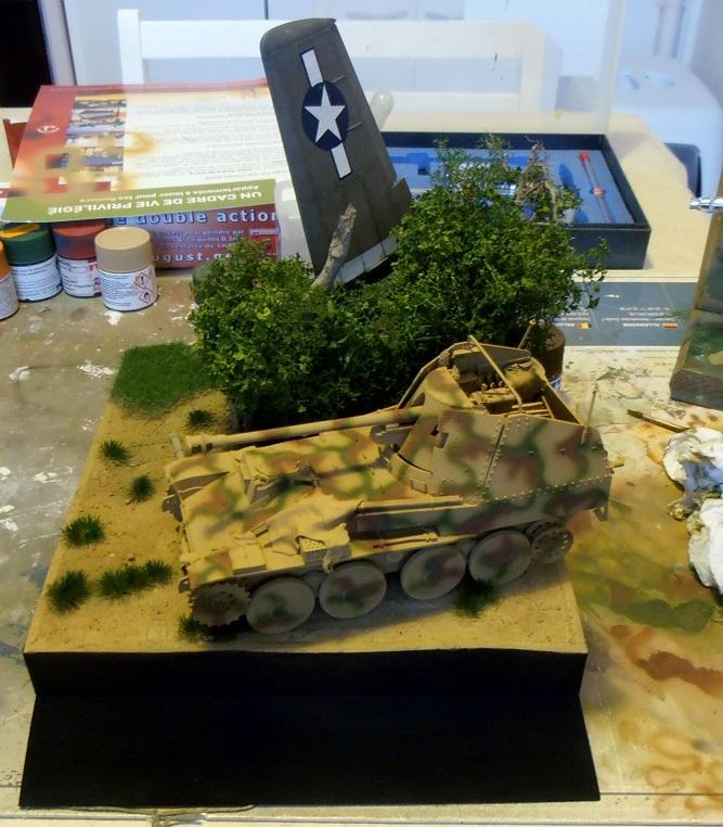 """La guerre des haies Normandie 1944 ( Tamiya, nemrod, blast model au 1/35eme ) """" montage avec ctreize """" - Page 5 Pb240420"""