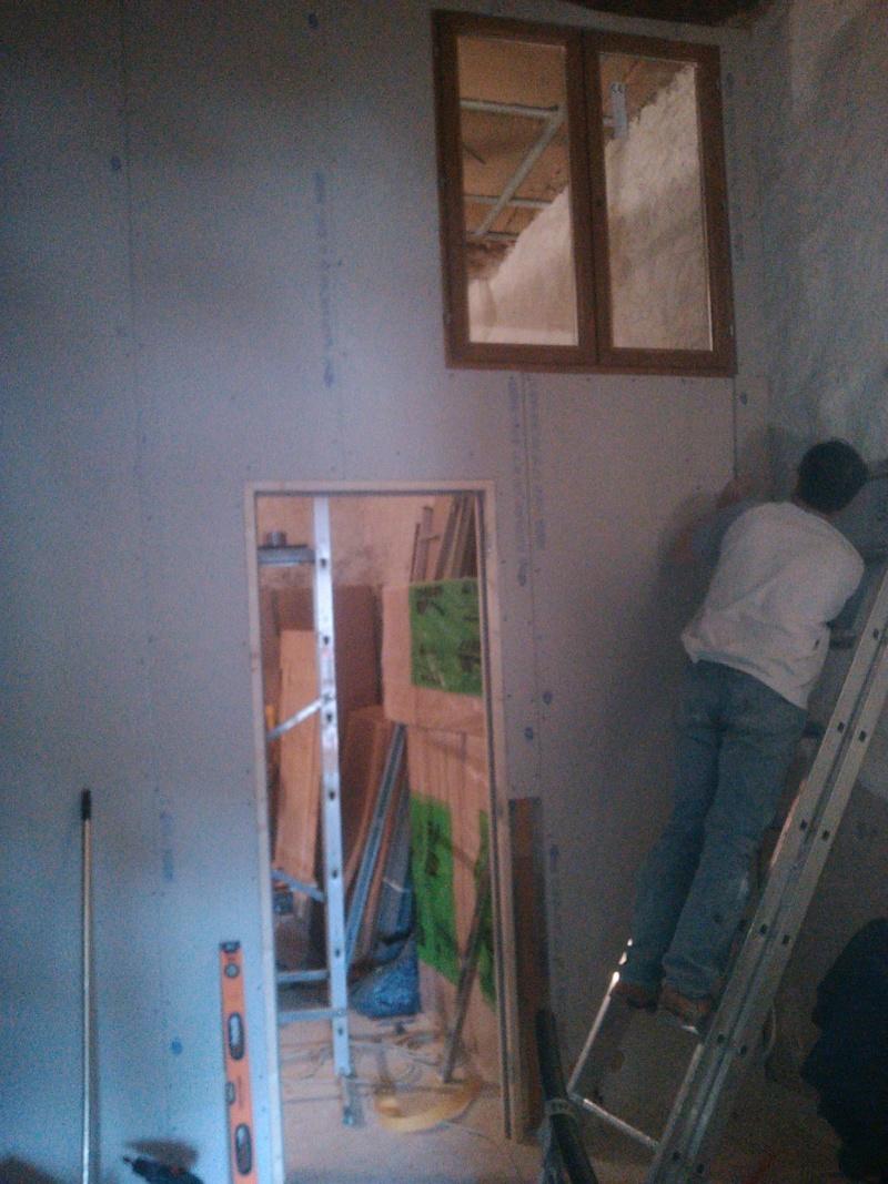 [Renovation de ma maison] Electricité, isolation et placo : le chantier - Page 29 Img_2031