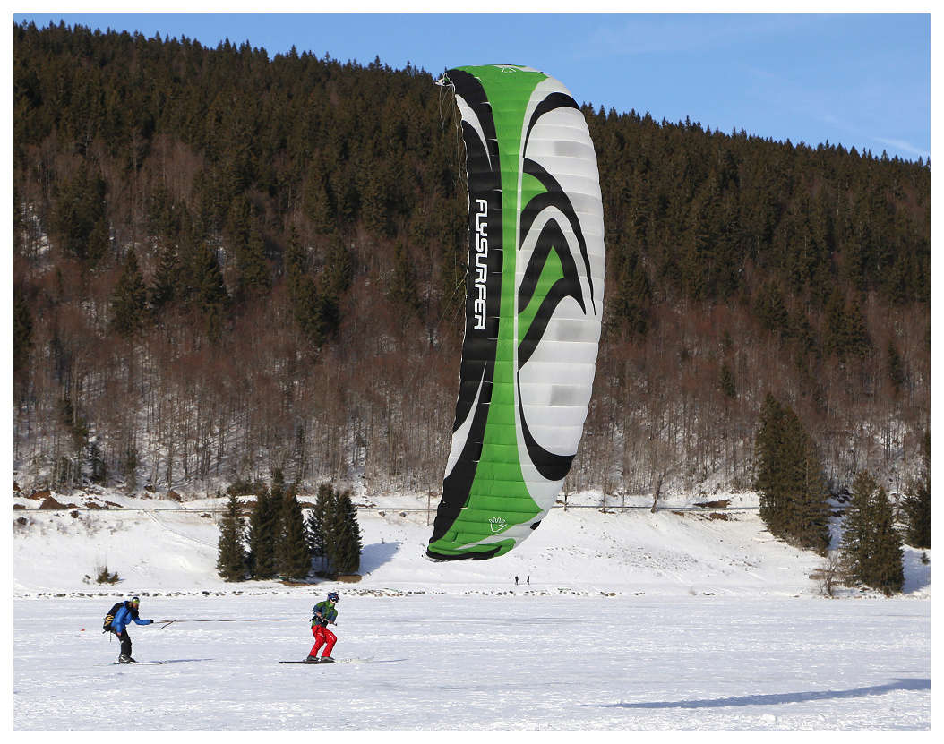 Snowkite sur le lac des Rousses Snowki11
