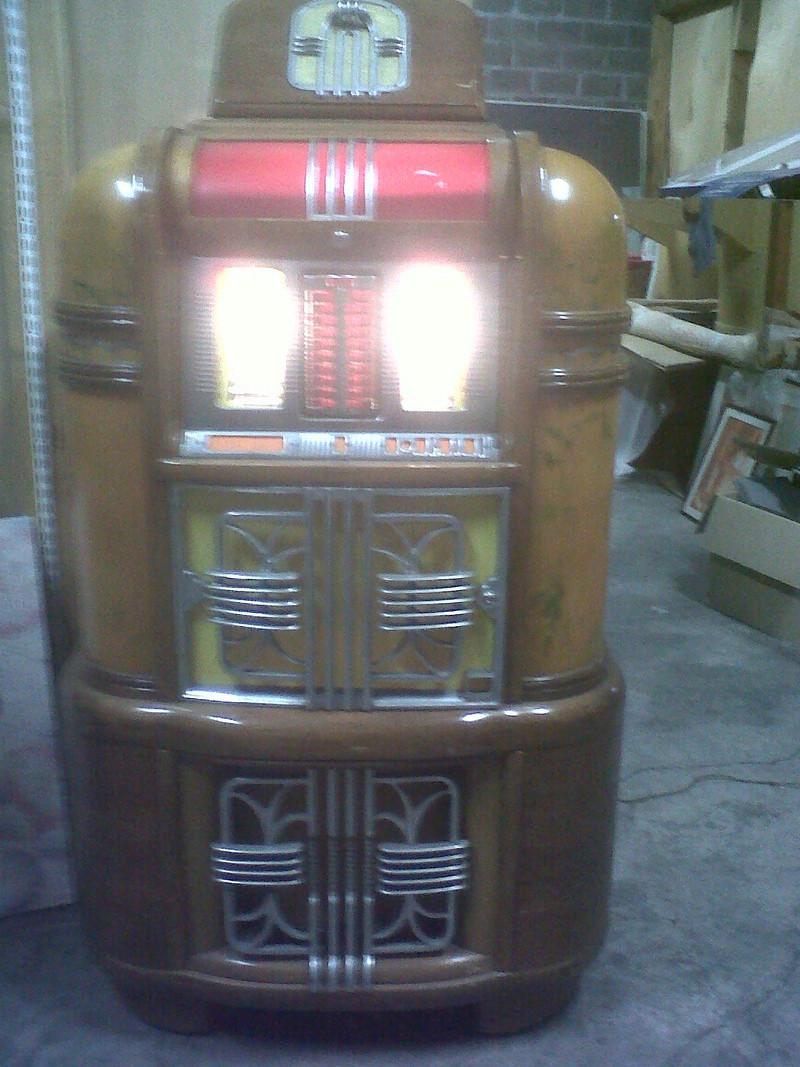 J'ai enfin mon jukebox ! Img-2010