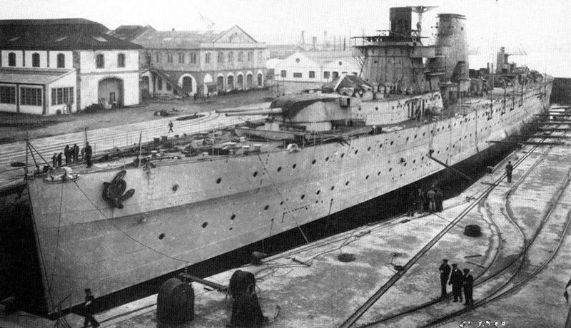 Croiseurs espagnols Canari10