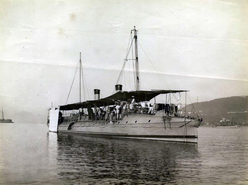 Les torpilleurs français Torpil11