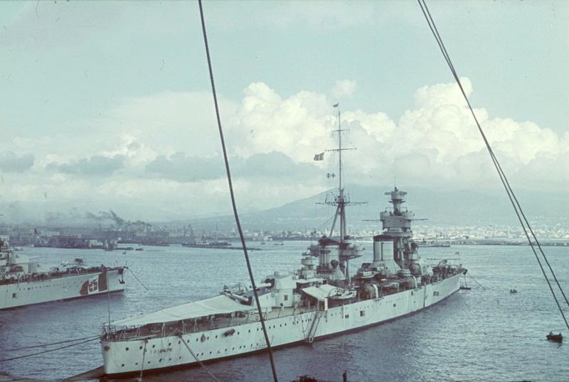 Croiseurs italiens - Page 2 Triest10