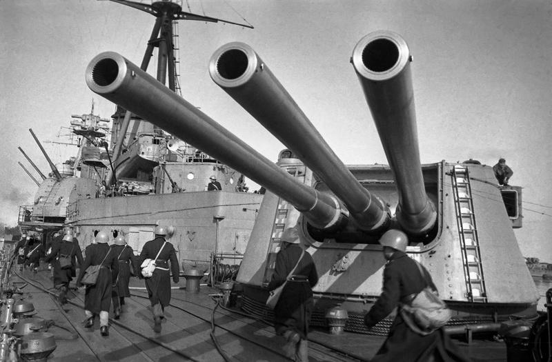 Croiseurs russes/soviètiques  - Page 2 Voroch10