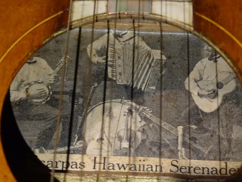 WEISSENBORN HAWAIIAN ORIGINAL ANNÉES 192 .....  Dsc01734