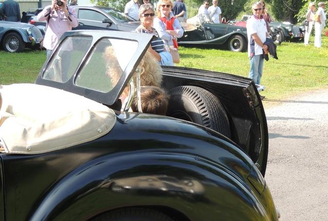 Triumph 1800 Roadster 1948 - Rambouillet Dim 20 Nov 2016 Dscn2914