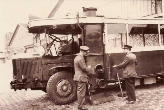 Le GAZOGENE et la voiture des français de 39 à 45 Gaz_9410
