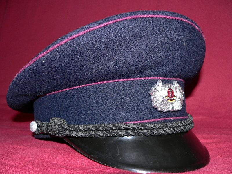 [VENDU] Uniforme de pompier volontaire années 6O  P1020713