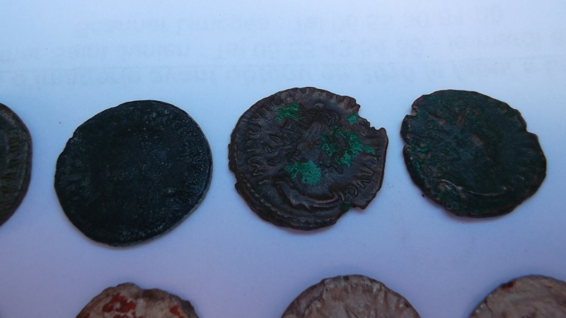 [VENDU] Lot de 25 monnaies romaines  Sam_0622